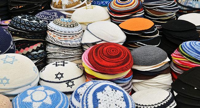 Блог Павла Аксенова. Старые еврейские анекдоты от Миши Рабиновича. Фото Elisheva Monassevitch - Depositphotos