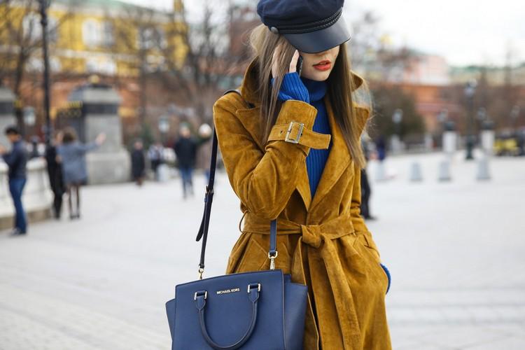 С чем носить модный женский картуз