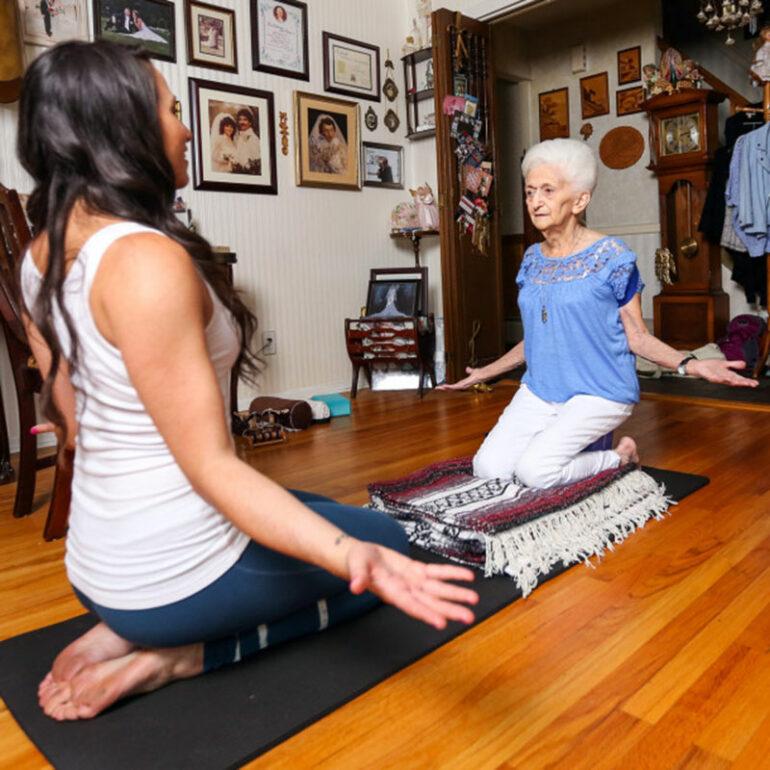 Эта 85-летняя женщина изменила свое тело. От увиденного мне стало не по себе…
