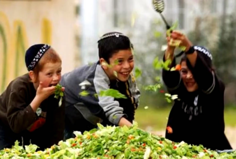 Как воспитывают детей в еврейских семьях: 7 секретов воспитания