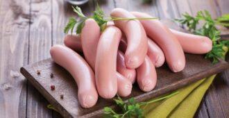Как правильно выбрать сосиски: на что стоит обращать внимание
