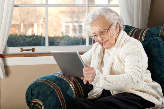 Продвинутая бабушка и компьютерные уроки