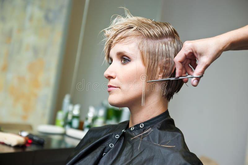 Как справиться с тонкими волосами