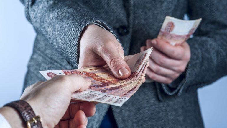 операции по выдаче кредитов