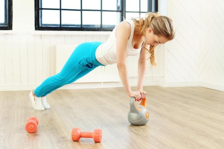 Упражнения для фигуры «яблоко» (для похудения в домашних условиях)