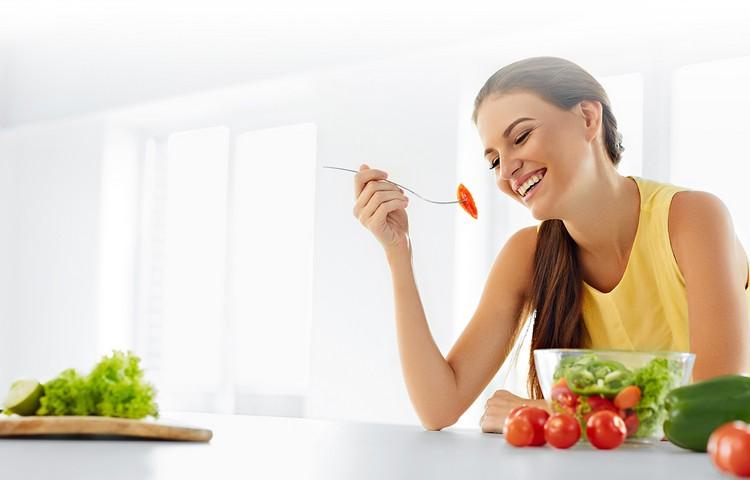 """Самая простая и """"вкусная"""" диета для фигуры яблоко"""