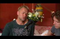 Sting – Shape of My Heart, акустическое исполнение в домашней обстановке