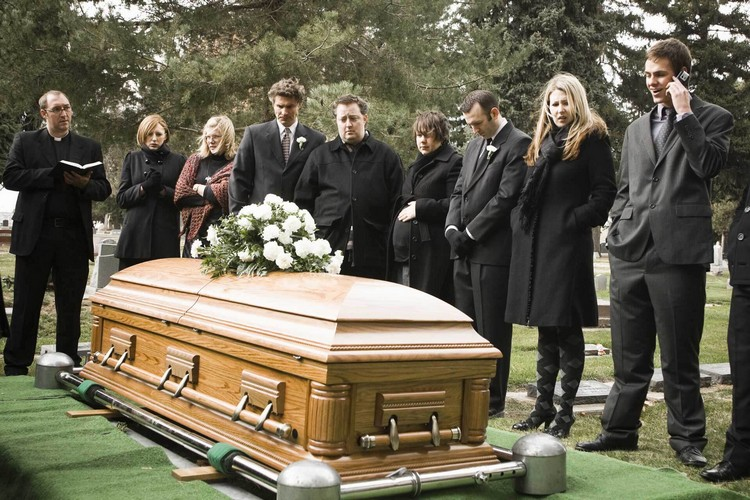 Что означает, когда вы видите во сне умерших людей