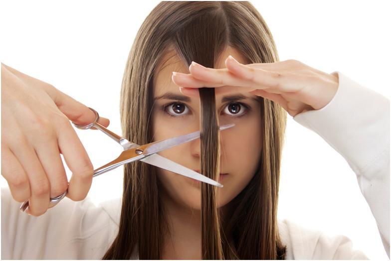 Обрезать волосы – значит поменять свою жизнь, даже в старину в этом не сомневались. Приметы про волосы
