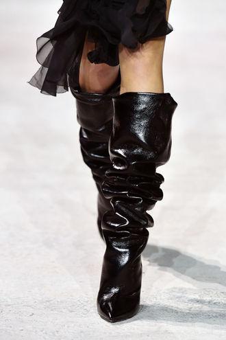 Модная обувь на осень: 10 стильных вариантов сапог