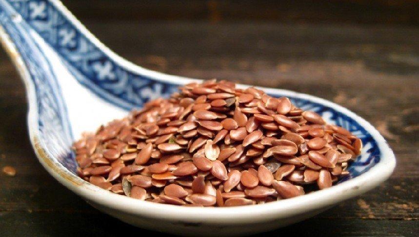 Чем полезно льняное семя? Это должна знать каждая женщина!