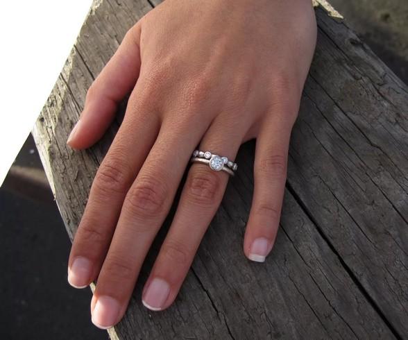 Бой-баба или нежная натура? Что кольца могут рассказать о характере женщины
