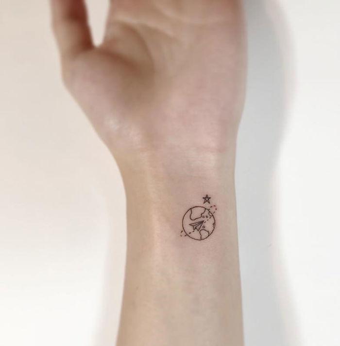 30 нереально крутых минималистических тату, которые понравятся даже скромникам