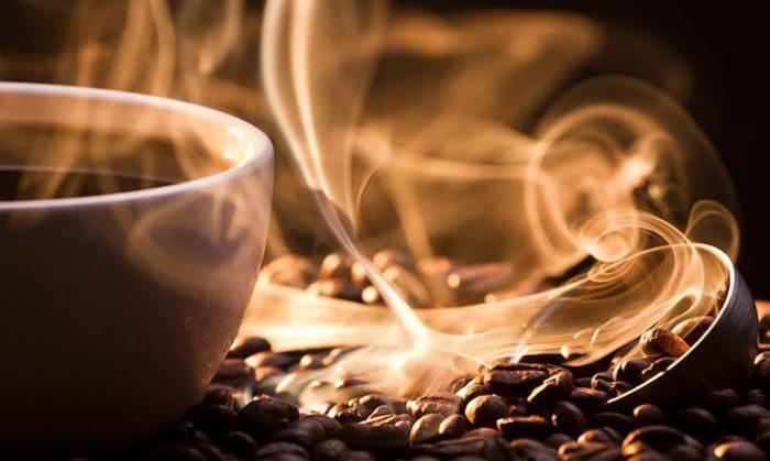 Ученые не перестают нас удивлять своими исследованиями утренней чашечки кофе. Что на этот раз?