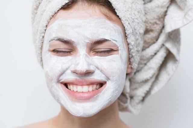 12 советов дерматологов: что нельзя делать со своей кожей