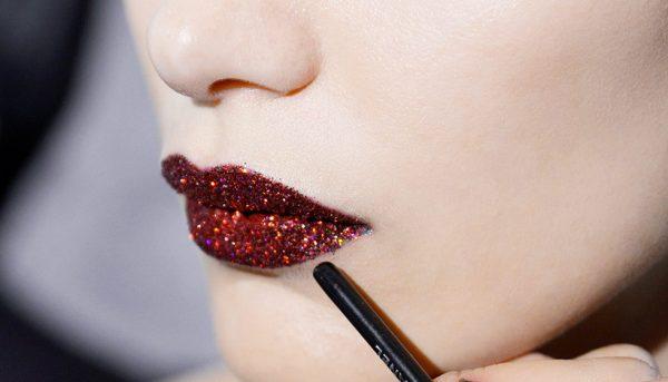 """Новый тренд """"Эффект зацелованных губ"""" признали самым соблазнительным и сексуальным"""