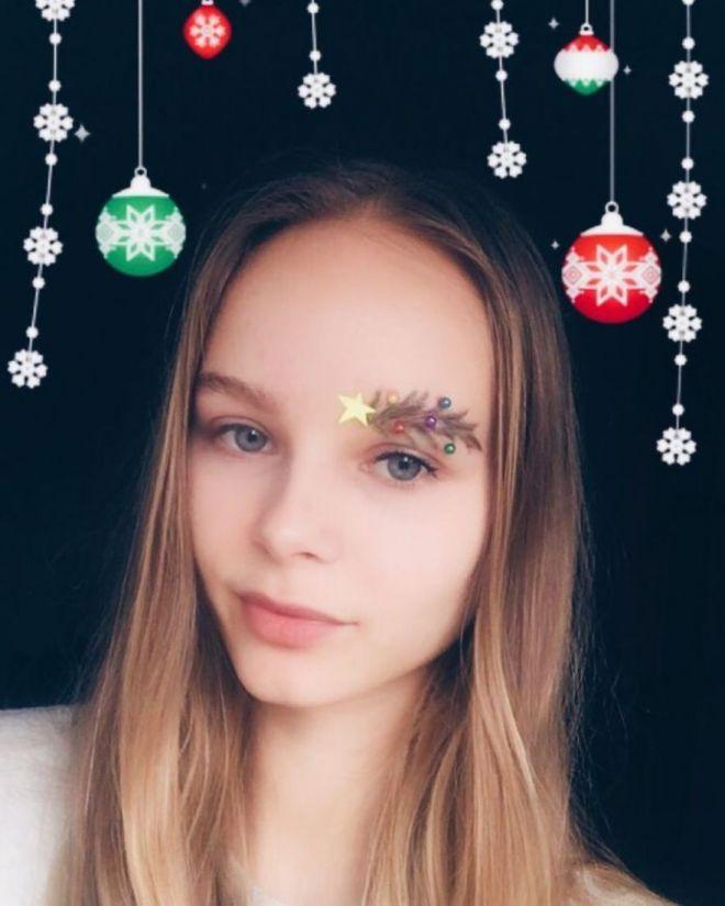 Сумасшедший новогодний тренд: Новогодние брови