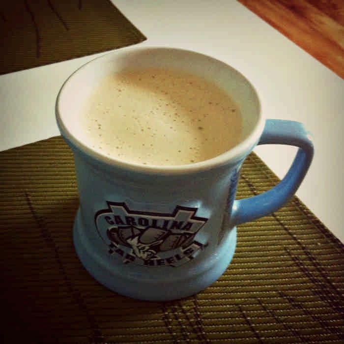 Утверждают, что этот напиток придает бодрости больше, чем кофе и сделает талию стройнее