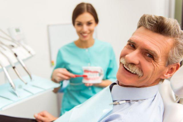 Экономим на зубах. Как не переплачивать в кресле стоматолога