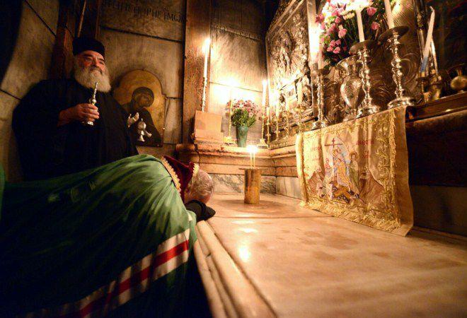 Шокирующая правда о Благодатном огне в Иерусалиме