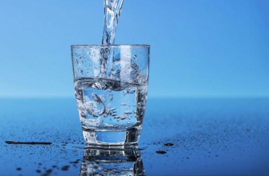 Что случится, если в течение 30 дней из жидкостей пить только воду.