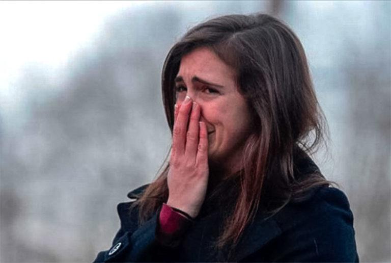 Психологи утверждают, что люди которые часто плачут и по любому поводу на самом деле ….