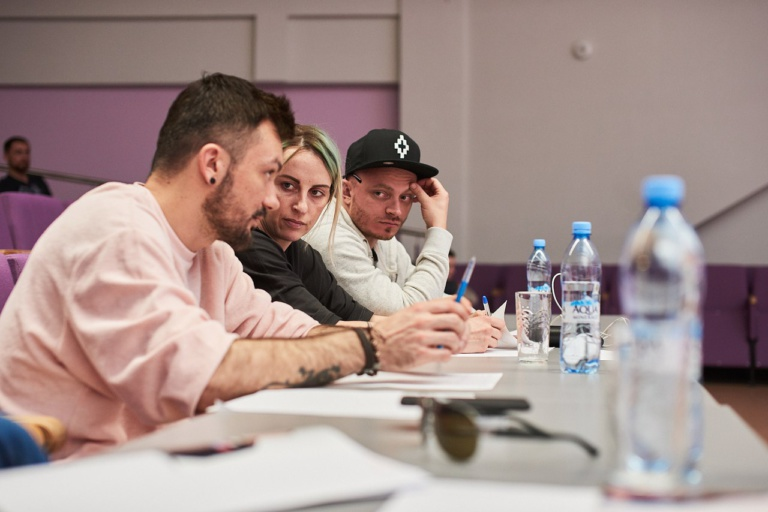 Вместе с Мигелем над постановкой номера работали хореографы Алексей Карпенко, Екатерина Решетникова и Игорь Рудник.