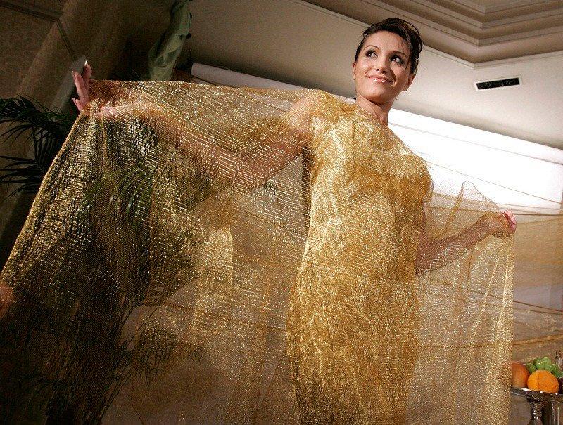 Самые необычные и дорогие платья за всю историю моды