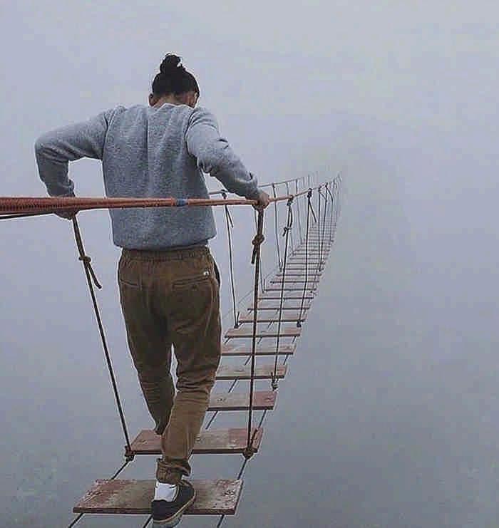 15 самых страшных мостов, от которых дух захватывает