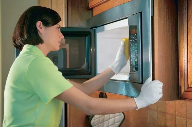 Хитрости очистки микроволновки